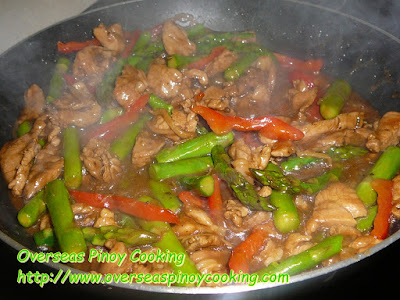 Pork and Asparagus with Oyster Sauce Stirfry - Cooking Procedure