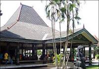 Rumah Adat Yogyakarta