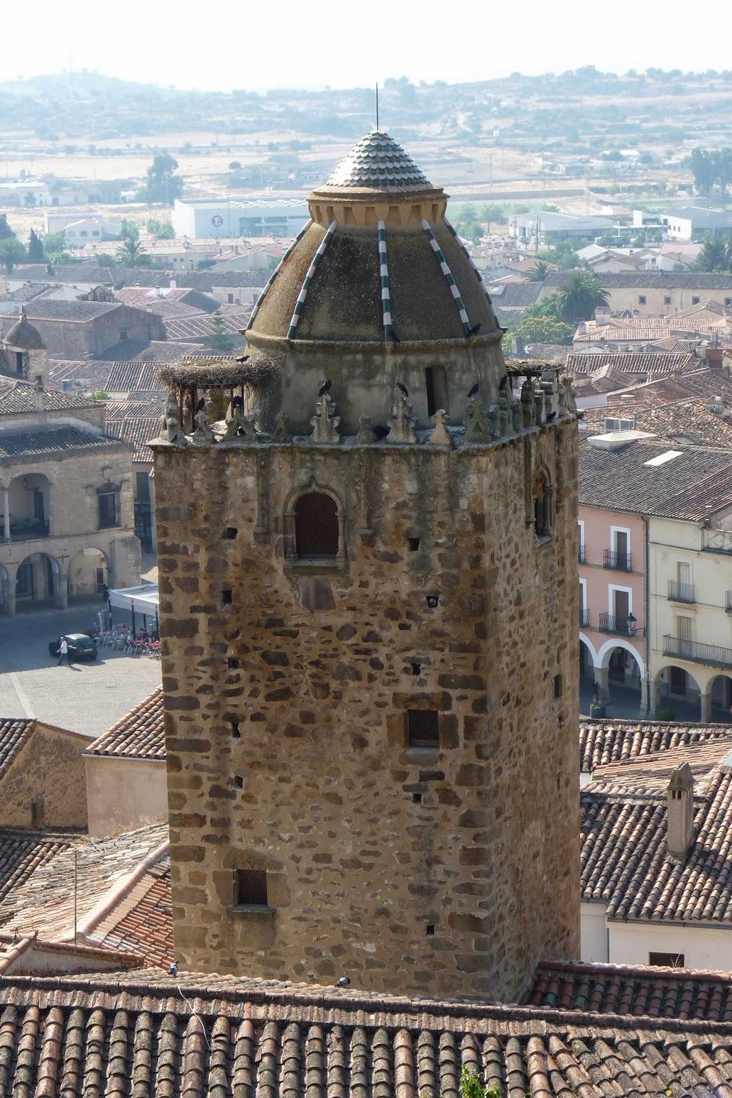 Torre del Alfiler.