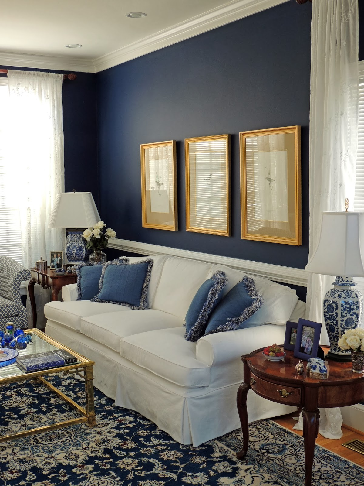 Blue And White Living Room Suburban Charm Blue And White Monday