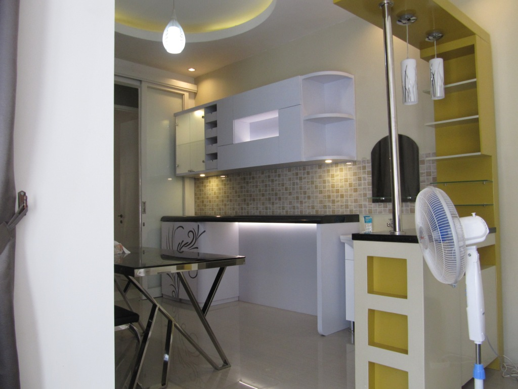 Produksi Pantry Dapur Kering Bentuk Lurus Straight Semarang