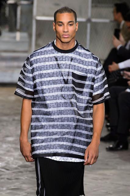 Givenchy T Shirt Mens India The Art Of Mike Mignola