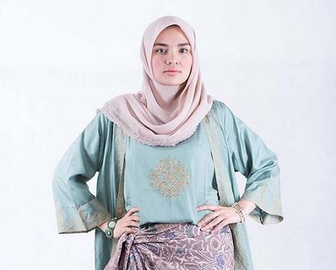 Style Fashion Hijab Modern Casual Ala Ria Miranda