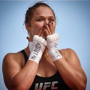 Foto Seksi Ronda Rousey UFC cantik