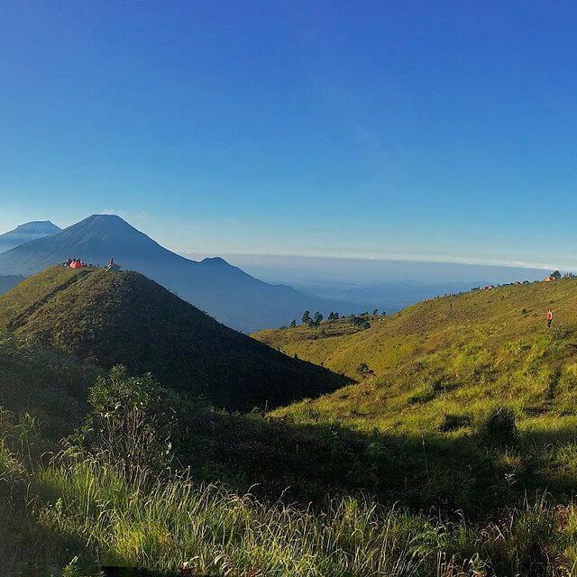 Bukit Teletubis Gunung Prau - Foto Instagram andipio