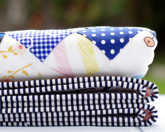 A Modern Rainbow Baby and Toddler Quilt - binding | Red Pepper Quilts 2016