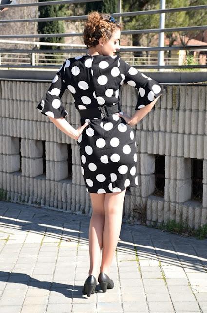 Outfit-Vestido-lunares-volantes-flamenca-4
