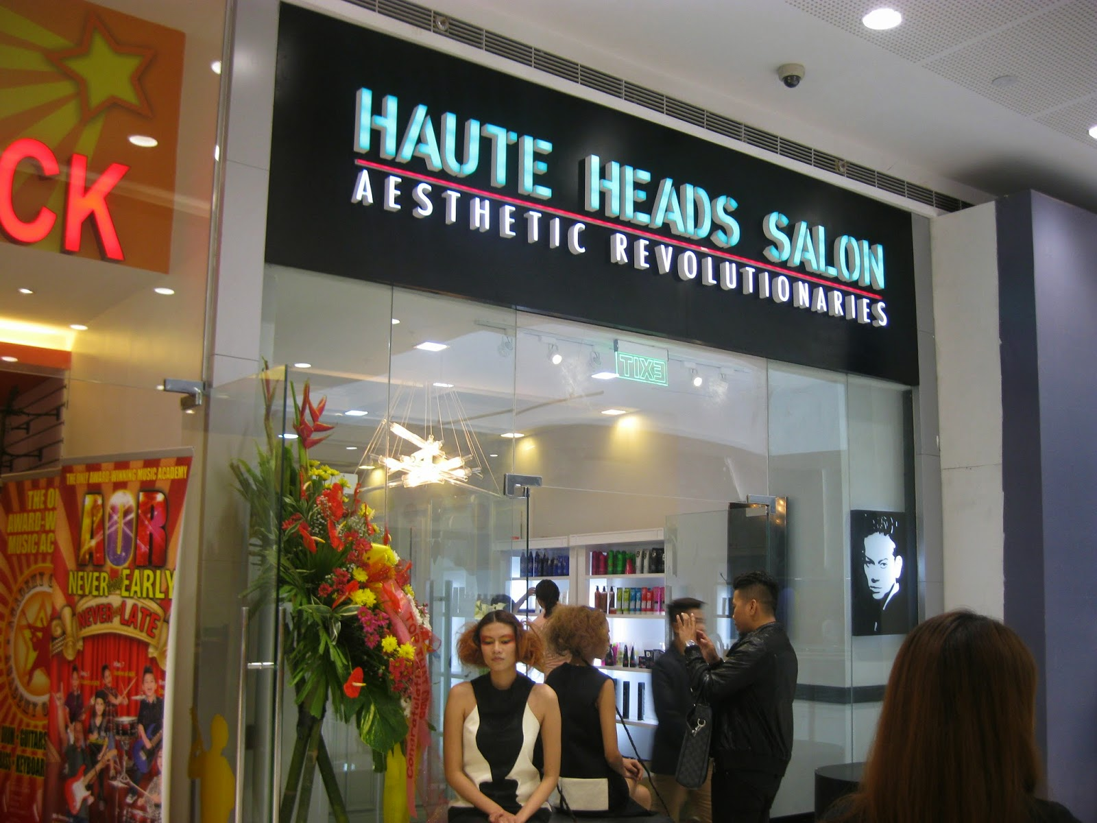 gencified haute heads salon now open in mega fashion hall. Black Bedroom Furniture Sets. Home Design Ideas