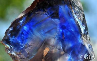 đá sapphire thô