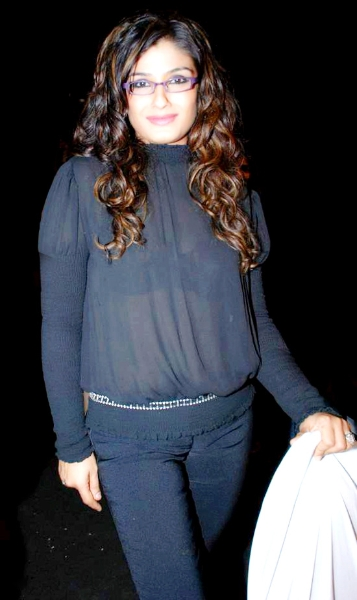 Raveena Tandon Shocking Transparent Bra Unseen Photos