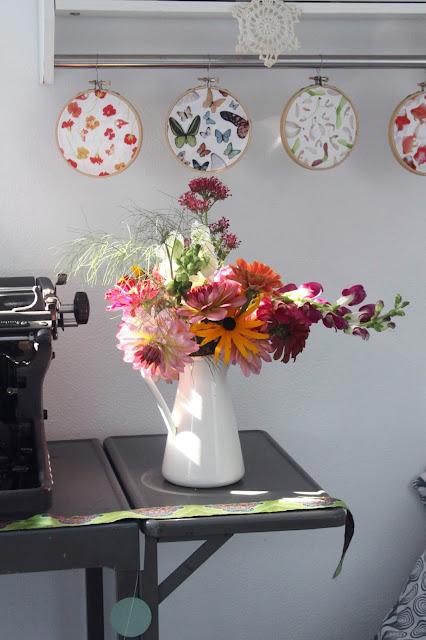 flowers, zinnias, dahlias, black eyed susan, snapdragons, summer flowers, garden Flowers, Anne Butera, My Giant Strawberry