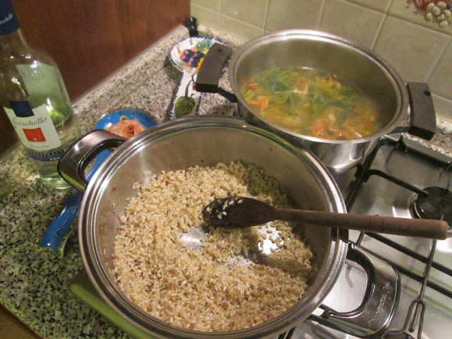 Panela refogando arroz