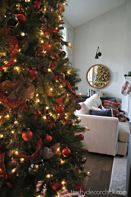 Easy decorating tips for the tree