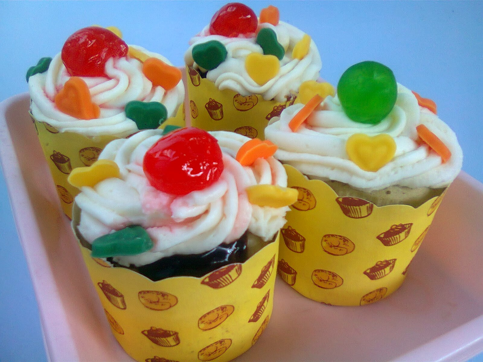 Resep Cake Yogurt Kukus: Resep Cupcake Kukus Hias Buah