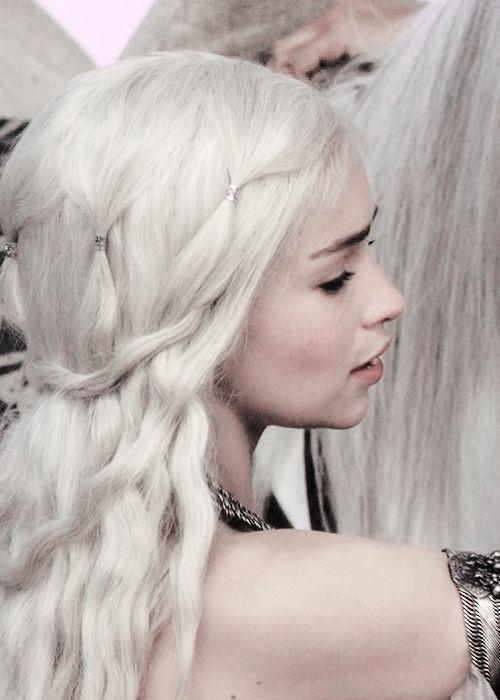 Elven Girl Wallpaper As Tr 234 S 192 S Tr 234 S Os Melhores Penteados Da S 233 Rie Game Of