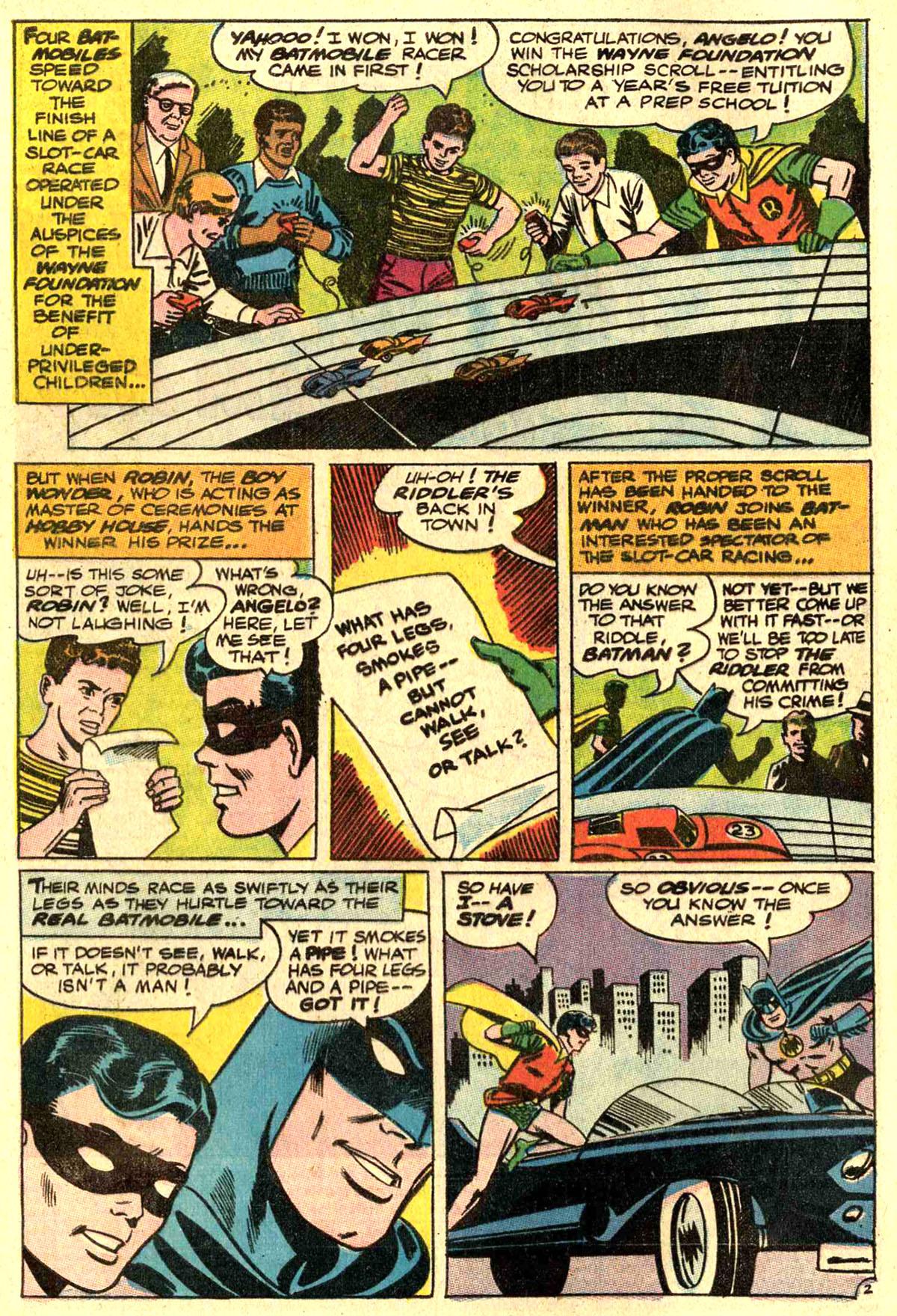 Detective Comics (1937) 362 Page 3