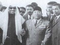 Raja Saudi Heran Lihat Tingkah Bung Karno di Makam Nabi Muhammad SAW