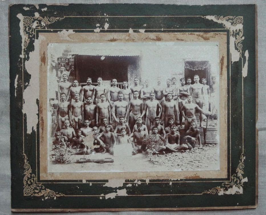 Group of Wrestlers - Vintage Undated Photograph