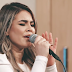"Assista ""No Jardim Secreto"", novo Music Session de Lilian Lopes"
