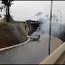 Carro capota e pega fogo em Garanhuns