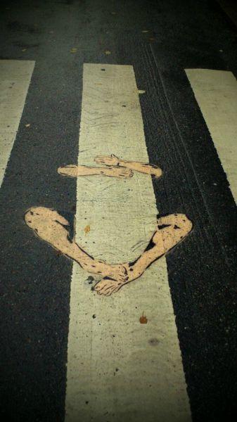 الفن بأى شىء وعلى أى شىء street-art-work-48.j