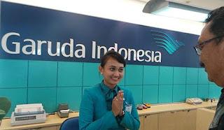 Gaji Pegawai Garuda Indonesia,daftar gaji,karyawan garuda indonesia,gaji karyawan,gaji staf airline,gaji garuda,gaji bumn,garuda indonesia,gaji ticketing reservation,gaji pegawai,
