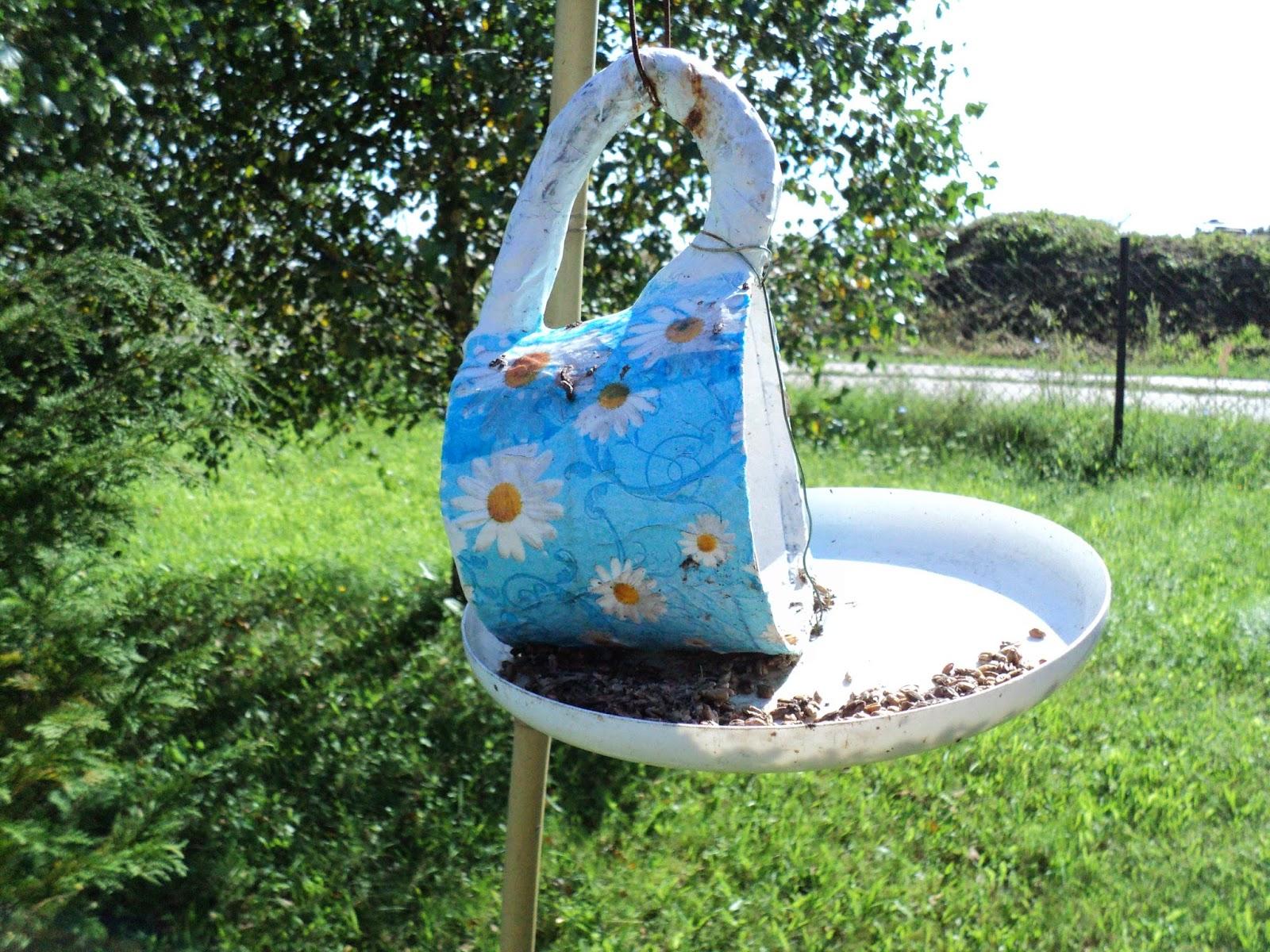 Kwiaty I Cóż Więcej Potrzeba Karmnik Dla Ptaszków