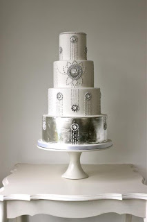 silver-leaf-wedding-cake-by-consumedbycake-via Absolute Perfection