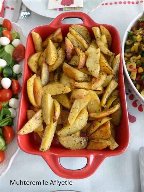 kahvaltı için fırında patates