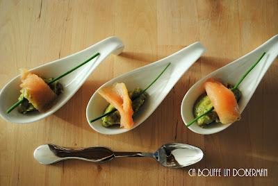 http://cabouffeundoberman.blogspot.fr/2016/11/cuillere-aperitive-au-guacamole-et.html