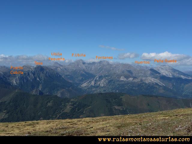 Ruta Pico Cellón: Vista del Macizo de Ubiña desde el Cellón