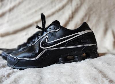 Nike 38, sportowe NIKE rozm 38, nike czarne, nikie b&w