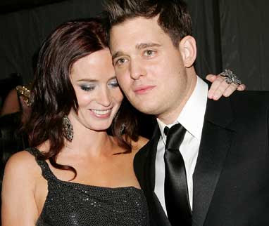who is buble dating