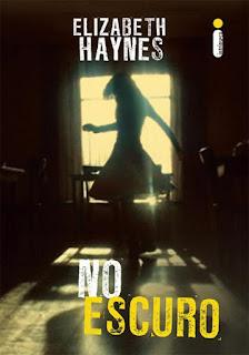 http://livrosvamosdevoralos.blogspot.com.br/2015/10/resenha-no-escuro.html