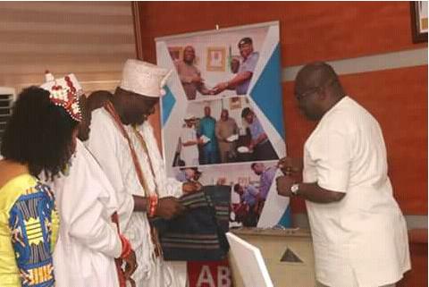 Ooni-of-Ife-visits-abia-governor-Okezie-Ikpeazu-2