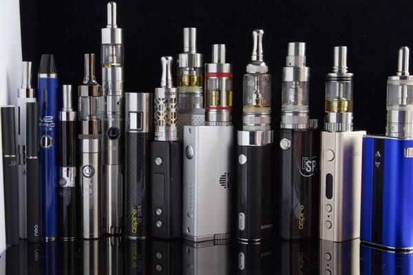 Vaping Sama Buruknya dengan Merokok Biasa