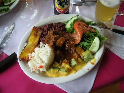 Casado de carne, Costa Rica, vuelta al mundo, round the world, La vuelta al mundo de Asun y Ricardo, mundoporlibre.com