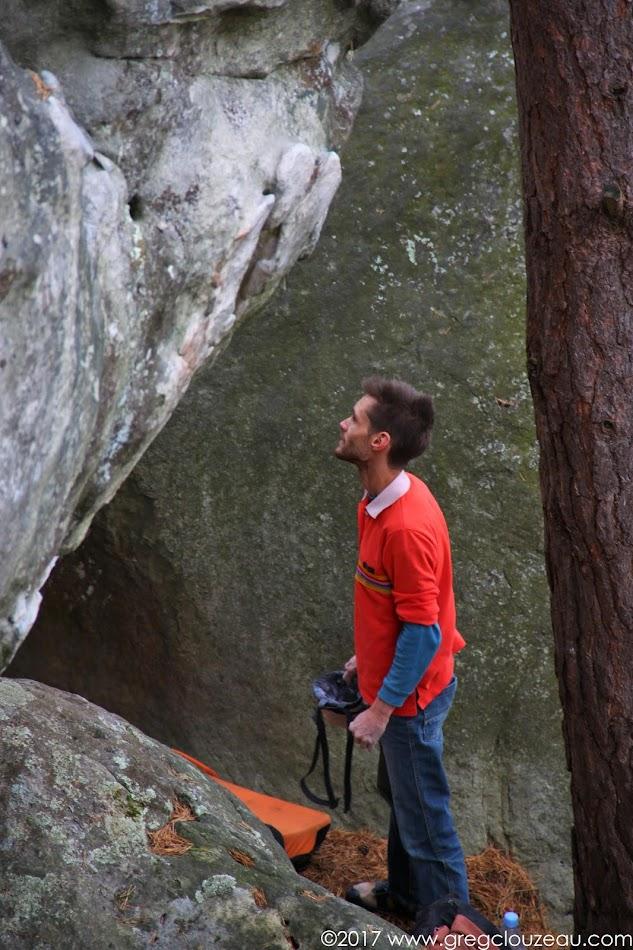 Christophe Bichet affronte ses peurs avec philosophie et ténacité à Fontainebleau