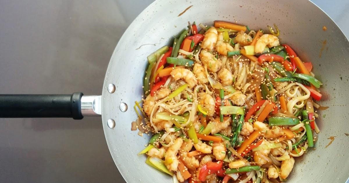 Cocinax2 las recetas de laurita wok de langostinos con for Cocinar wok en casa