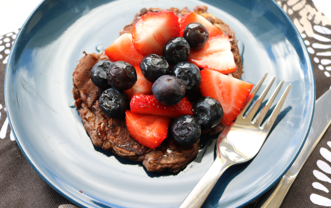 Chocolate Protein Pancakes (Vegetarian recipe)