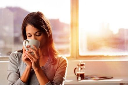 Uống cà phê giúp cải thiện thị lực