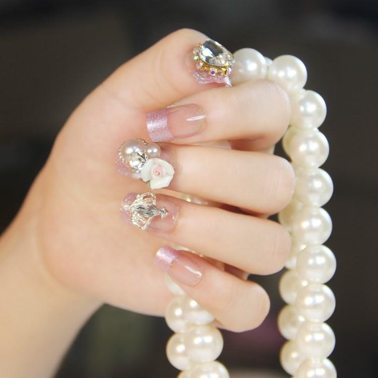 Resultado de imagen de uñas de mujer coreana