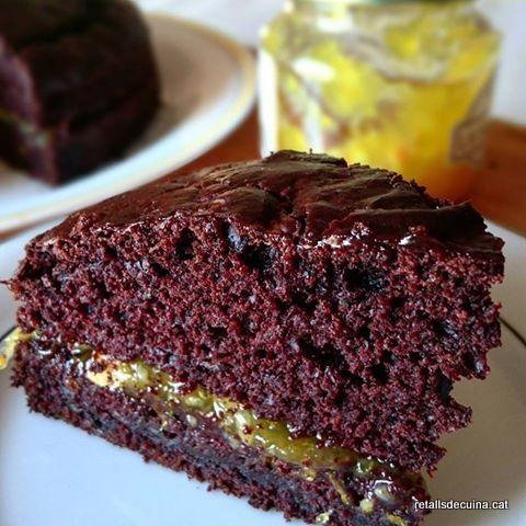 Bescuit de xocolata i carbassó sense ou