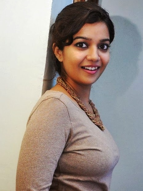 Swathi-reddy-actress-wallpaper8