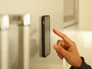 Anti-Gravity iPhone 6/6S Case