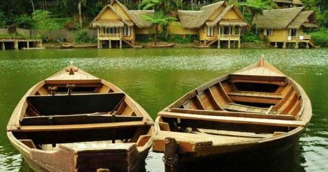 Kampung Sampireun Situs Booking Hotel Pesan Penginapan Murah