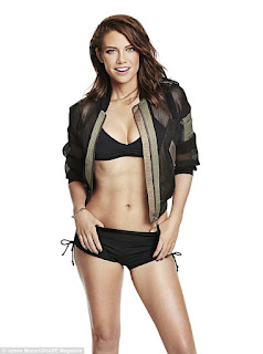 sexy Lauren Cohan in underwear