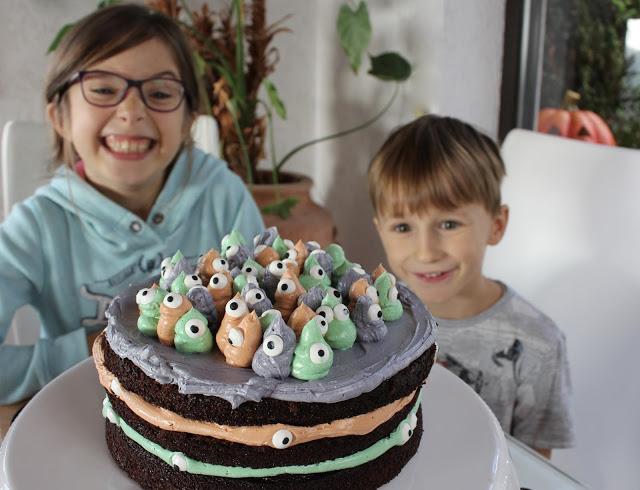 Halloween Torte Buttercreme mit Geistern