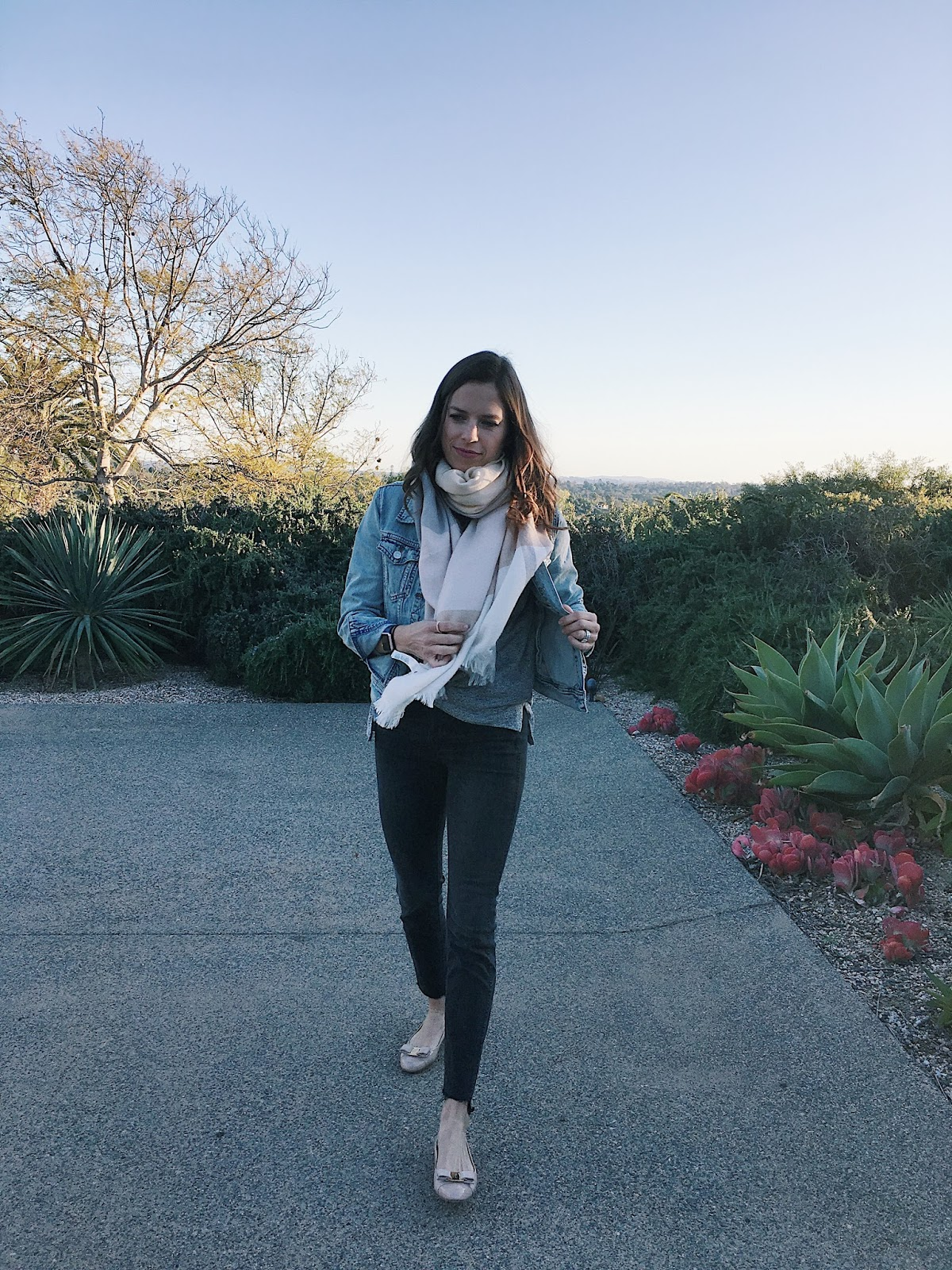 scarf jean jacket outfit