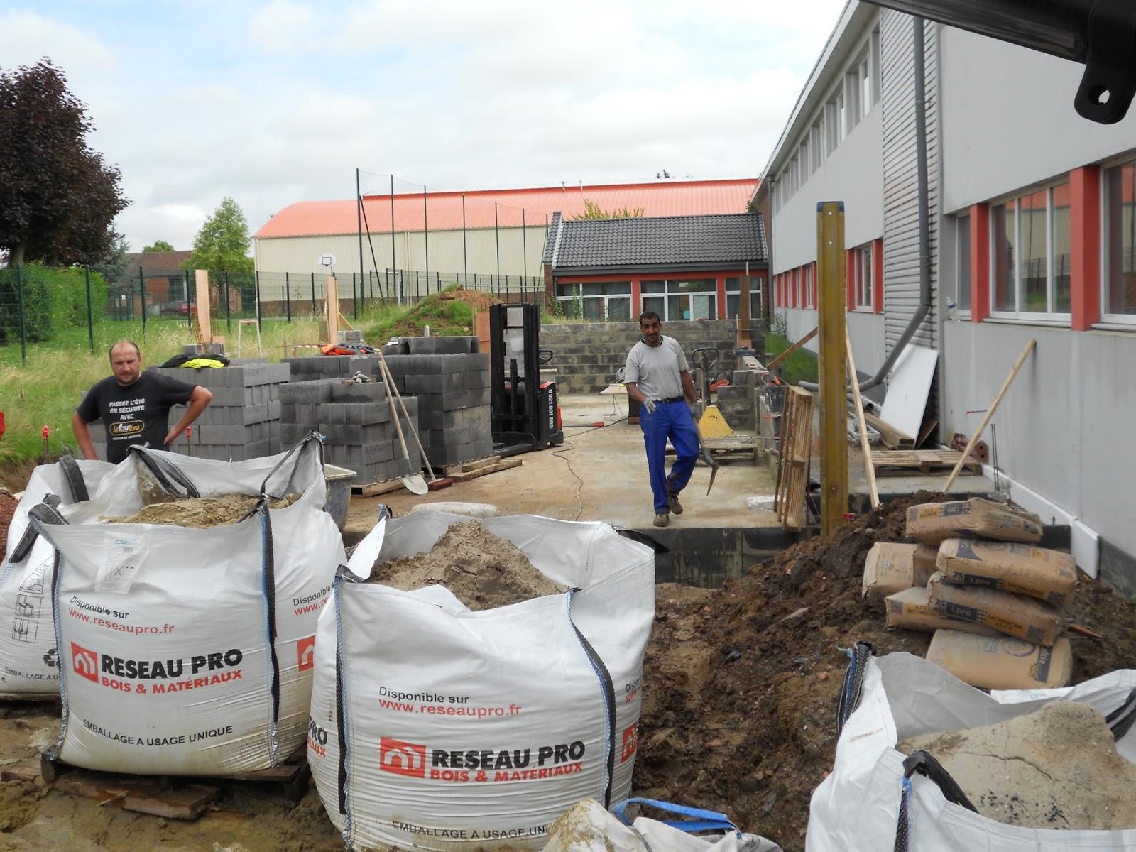 Ecole yann arthus bertrand cysoing travaux d 39 extension for Extension travaux